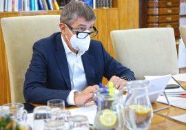 Vláda přijala opatření platná pro třetí stupeň PES a nové podpory, Parlamentu předloží návrh očkování